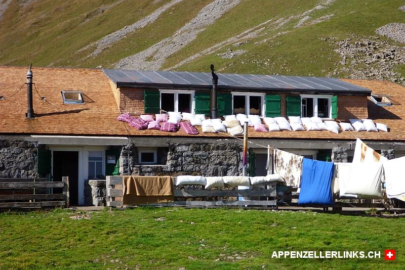 Matratzenlager  Matratzenlager auf der Altenalp